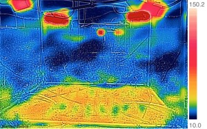 Infrared image of a heated plot. Hot lamps are reddest.
