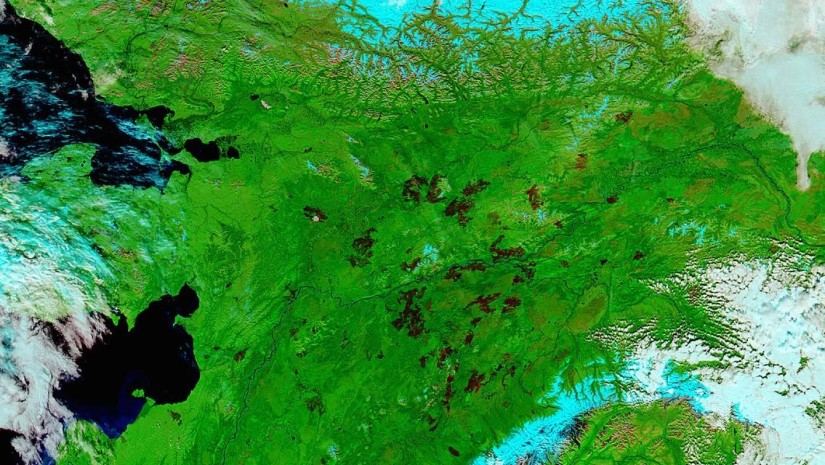 September 1, 2015 image of Alaskan burn scars taken from space by the NASA Earth Observatory.