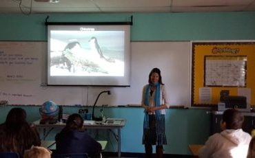 natasja van gestel lecturing in classroom
