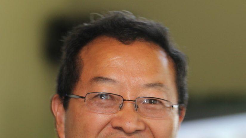 Yiqi LLuo headshot